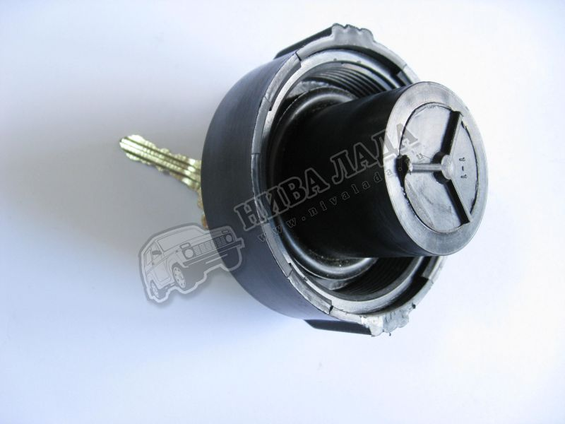 Крышка топливного бака  ВАЗ 2101-07 с ключом