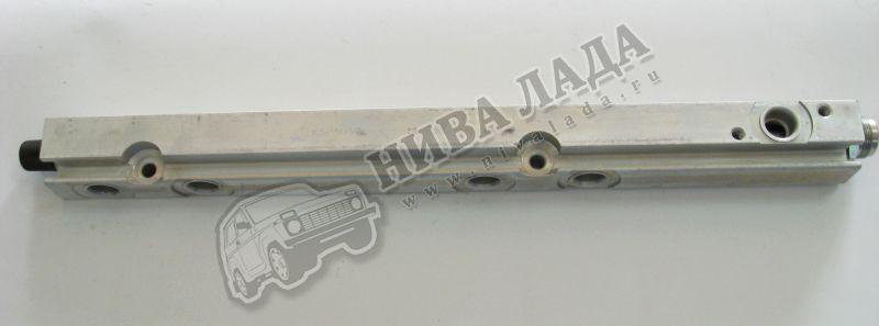 Рампа форсунок  ВАЗ 2110