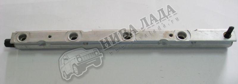 Рампа форсунок  ВАЗ 2112